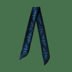 packshot1_fetiche_a_nouer_soie_made_in_France_maison_fétiche_classic_blue_bracelet_foulard_cheveux_twill_a_nouer_vegetation_68x4