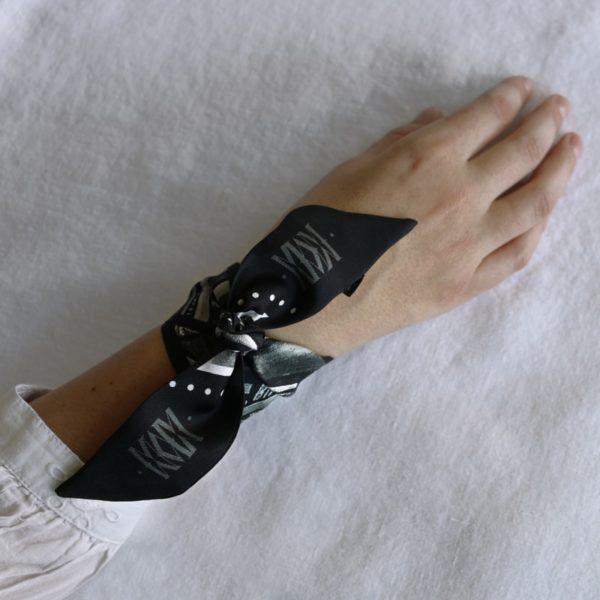 ruban de soie imprimé Maison Fétiche palmier noir et blanc jungle