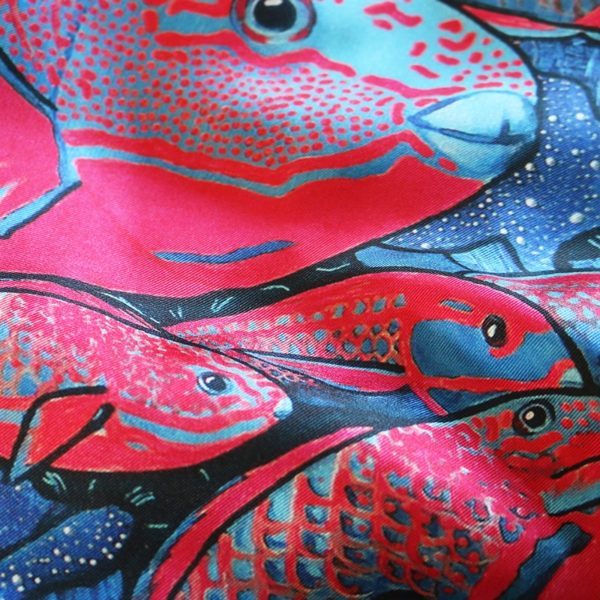 zoom6 carré foulard soie roulotté made in France maison fétiche La danse n2 pink 90x90 1